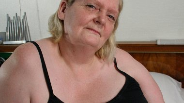 This big mama gets her face covered in cum