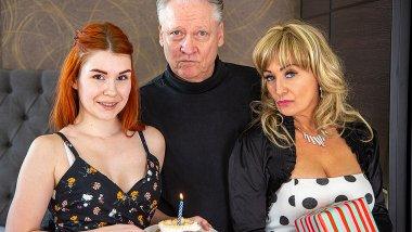 A special threesome surprise for grandpa