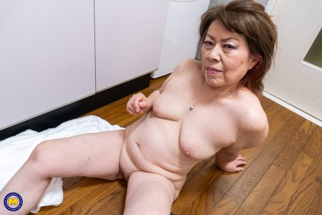 Japanese Granny fucked by a toyboy
